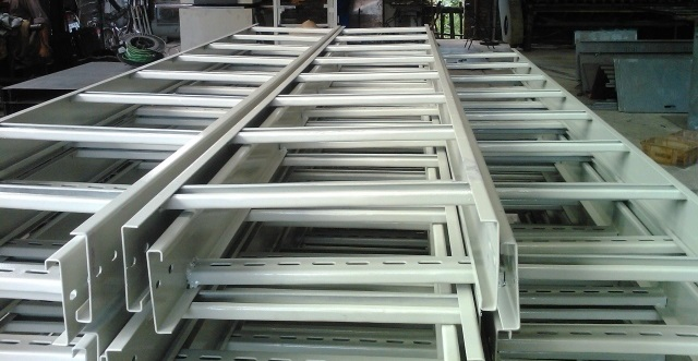 Producing and processing cable tray ladder