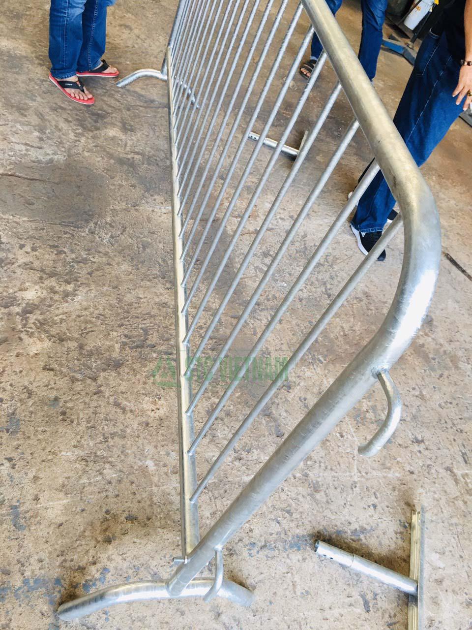 Steel Barricade (European Product)